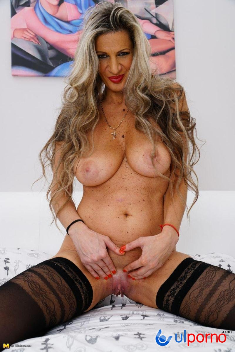 All with pussy Mature milf playing thanks. more